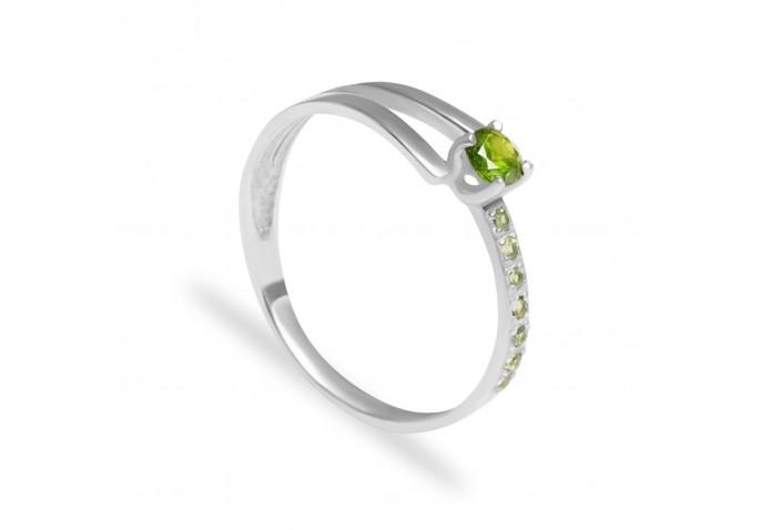 кольцо с демантоидом и хризолитами